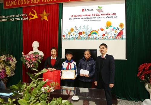 SeABank tiếp tục hỗ trợ học bổng cho 20 học sinh nghèo
