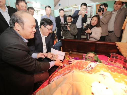 NHCSXH với hành trình 'Tết vì người nghèo' tại Bắc Giang