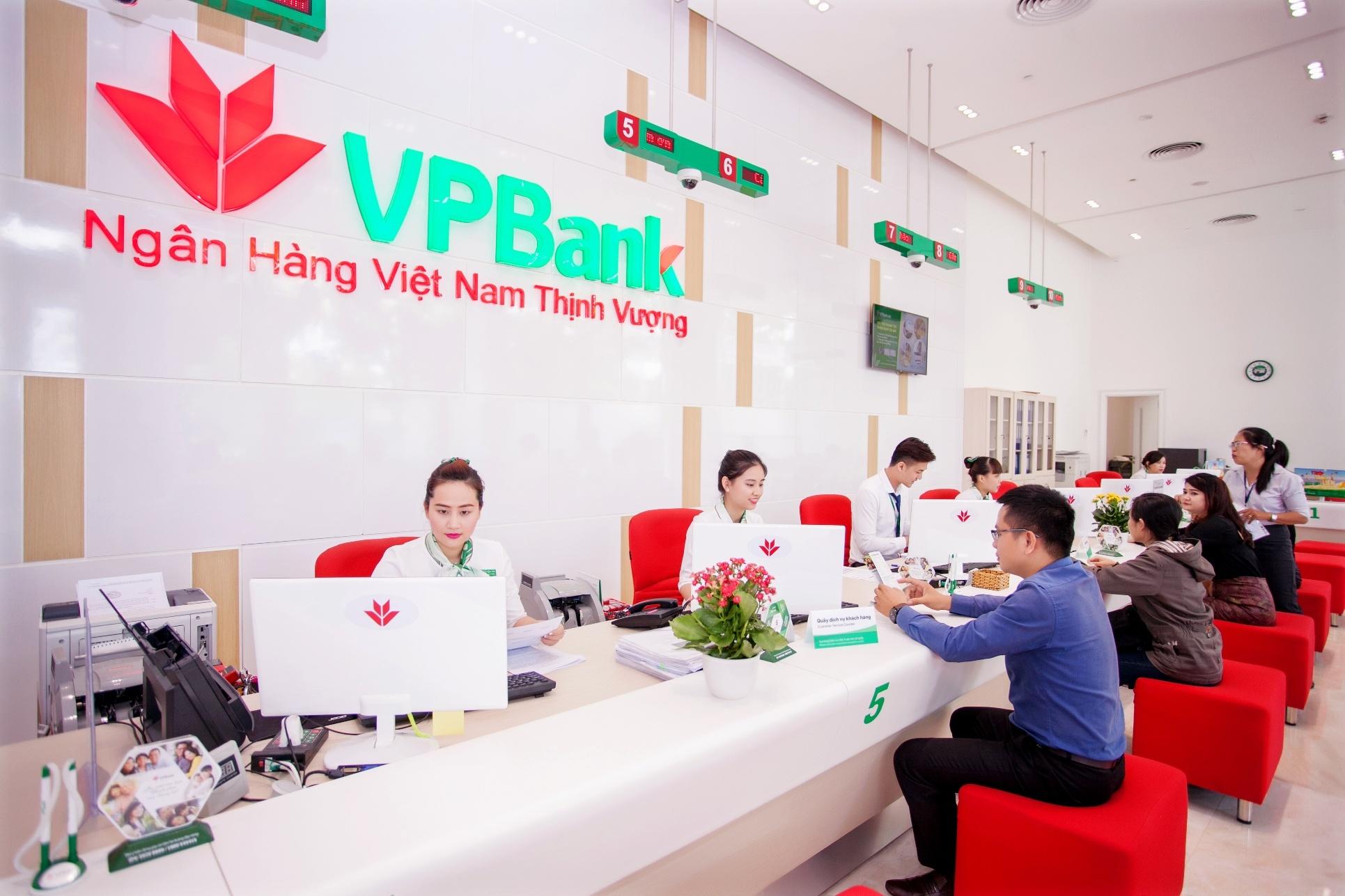 vpbank trong so it cac ngan hang co muc loi nhuan tren 10000 ty dong