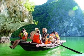 Quảng Ninh đặt mục tiêu đón 10 triệu lượt khách du lịch trong năm 2021