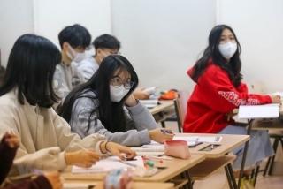 Học sinh Hà Nội nghỉ học đến hết tháng 2 vì COVID-19, đi học trở lại từ 2/3