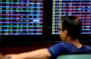 Chứng khoán 6/3: Cổ phiếu ngân hàng chờ... tăng điểm