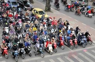 Cấm xe máy: Cần cân nhắc lợi - hại