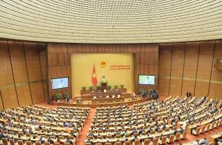 Quốc hộixem xét nhiều nội dung quan trọng và thảo luận về Báo cáo công tác nhiệm kỳ