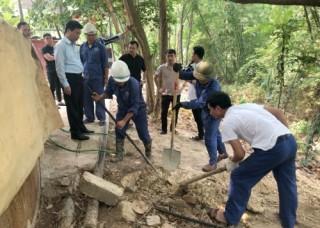 Bắt quả tang Hapaco Đông Bắc xả thải trực tiếp ra môi trường