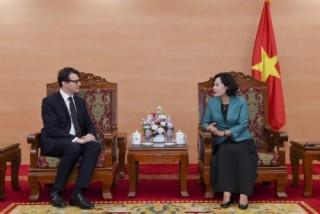 Phó Thống đốc Nguyễn Thị Hồng tiếp Tổng Giám đốc Ngân hàng BPCE IOM