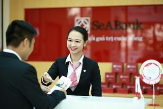 Công đoàn SeABank tặng nhu yếu phẩm thiết yếu cho người nghèo