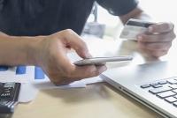 Giảm phí cước tin nhắn dịch vụ tài chính ngân hàng là cần thiết