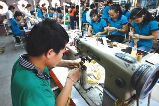 Kinh tế 2020: Nhìn điểm sáng để nỗ lực vượt khó
