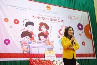 """Chương trình """"Sinh con, sinh cha"""" đầu tiên năm Tân Sửu tiếp cận hơn 300 phụ huynh và trẻ mầm non tỉnh Bắc Ninh"""