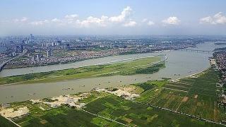 Xử lý tình trạng chiếm đất ven sông Hồng