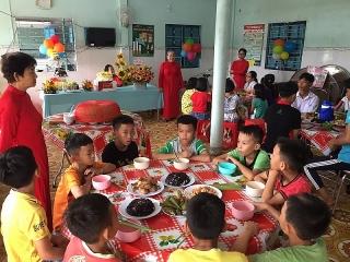 Herbalife Nutrition tổ chức Chương trình Ngôi Sao NFZH, khuyến khích trẻ em ăn uống lành mạnh