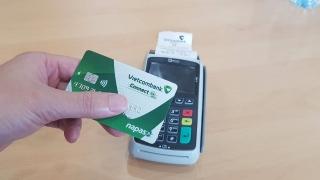 Chuyển đổi thẻ từ sang thẻ chip: Thủ tục đơn giản, nhiều ngân hàng miễn phí chuyển đổi
