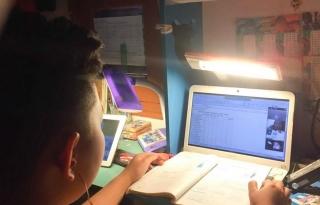 Hà Nội yêu cầu các trường sẵn sàng học trực tuyến phòng dịch COVID-19