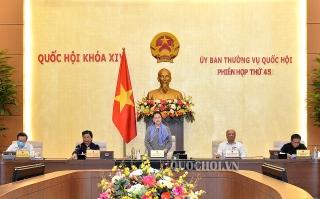 Ủy ban Thường vụ Quốc hội cho ý kiến về các nội dung trình tại Kỳ họp thứ 9