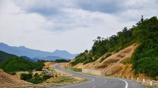 Nhiều hạng mục trong Dự án cao tốc La Sơn-Túy Loan đã hoàn thành