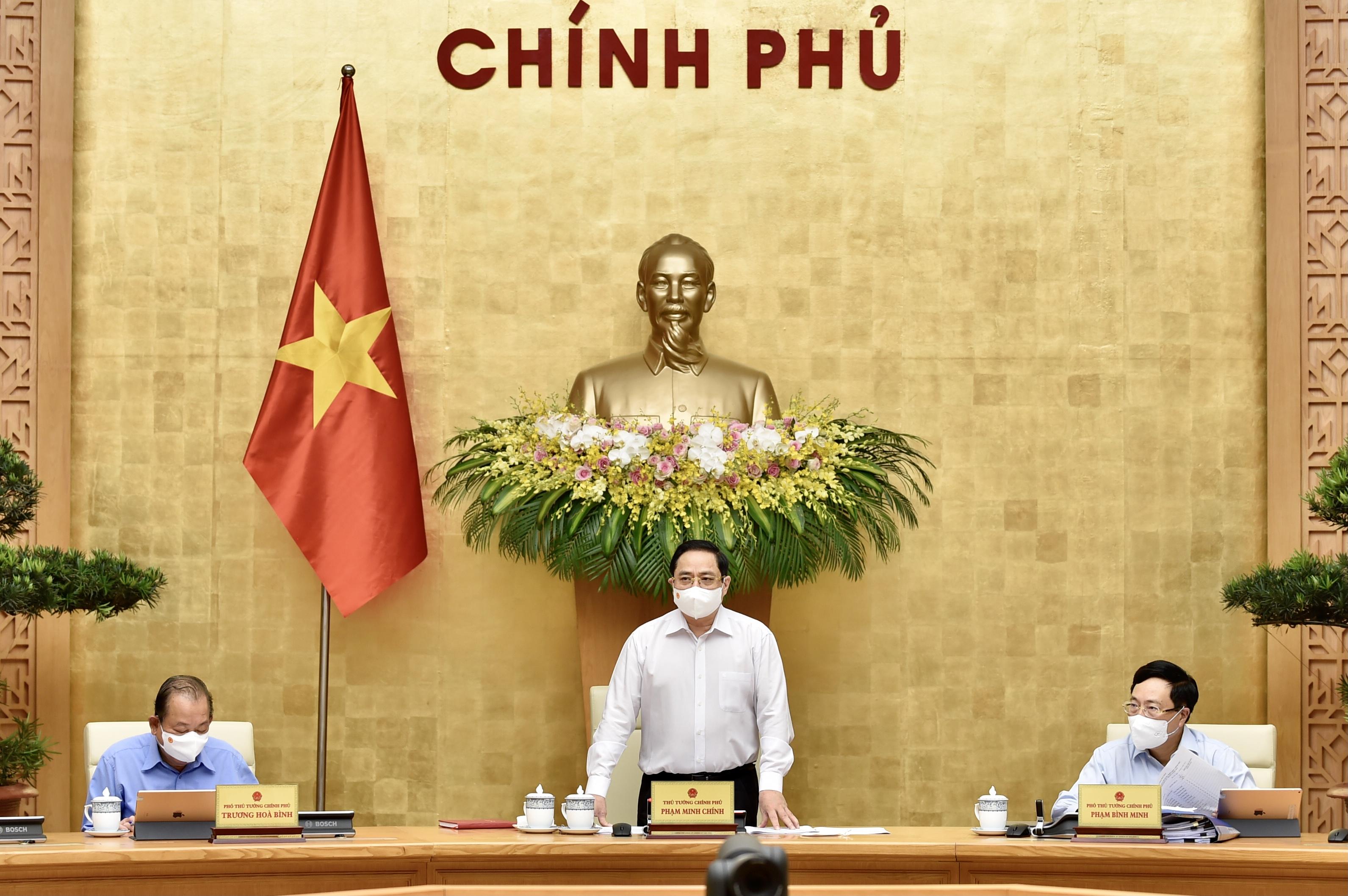 thu tuong pham minh chinh chu tri phien hop chinh phu thuong ky thang 4