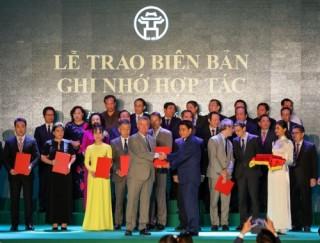 BUV nhận Cờ thi đua của UBND TP. Hà Nội
