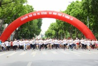 1.500 người tham gia giải 'Gia đình chạy vì tương lai'