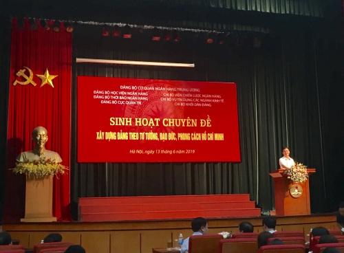 """Sinh hoạt chuyên đề """"Xây dựng Đảng theo tư tưởng, đạo đức, phong cách Hồ Chí Minh"""""""