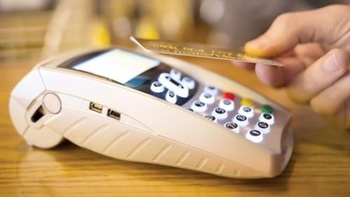 Thanh toán thẻ Napas tại Vinmart có cơ hội trúng xe máy điện