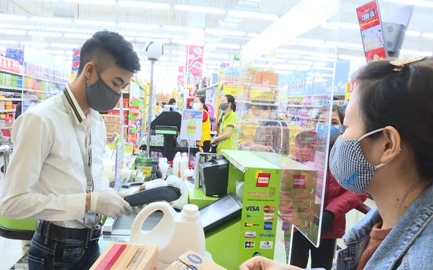 Người tiêu dùng được hưởng nhiều chính sách ưu đãi