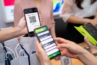 Ra mắt thương hiệu VietQR và dịch vụ chuyển tiền nhanh Napas 247 bằng mã QR