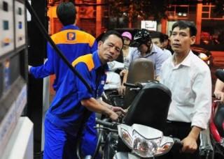 Giữ ổn định giá các loại xăng, giảm nhẹ giá dầu diesel