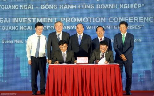 Thủ tướng mong muốn các doanh nghiệp sớm thực hiện cam kết đầu tư vào Quảng Ngãi