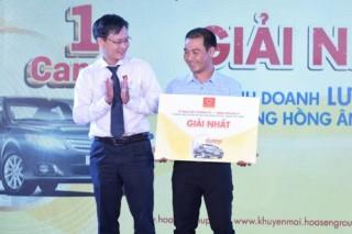Tập đoàn Hoa Sen thưởng ô tô Camry cho nhà phân phối và đại lý