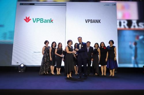 """VPBank được vinh danh """"Nơi làm việc tốt nhất châu Á"""""""