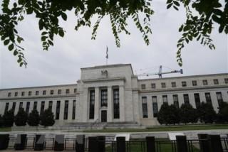 Mỹ: Áp lực chính trị 'đè nén' quyết định lãi suất của Fed