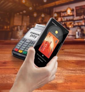 IVB hợp tác NAPAS ra mắt tính năng Samsung Pay cho thẻ ghi nợ nội địa