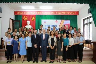Đại sứ Đức tại Việt Nam thăm mô hình hoạt động tài chính vi mô của TYM