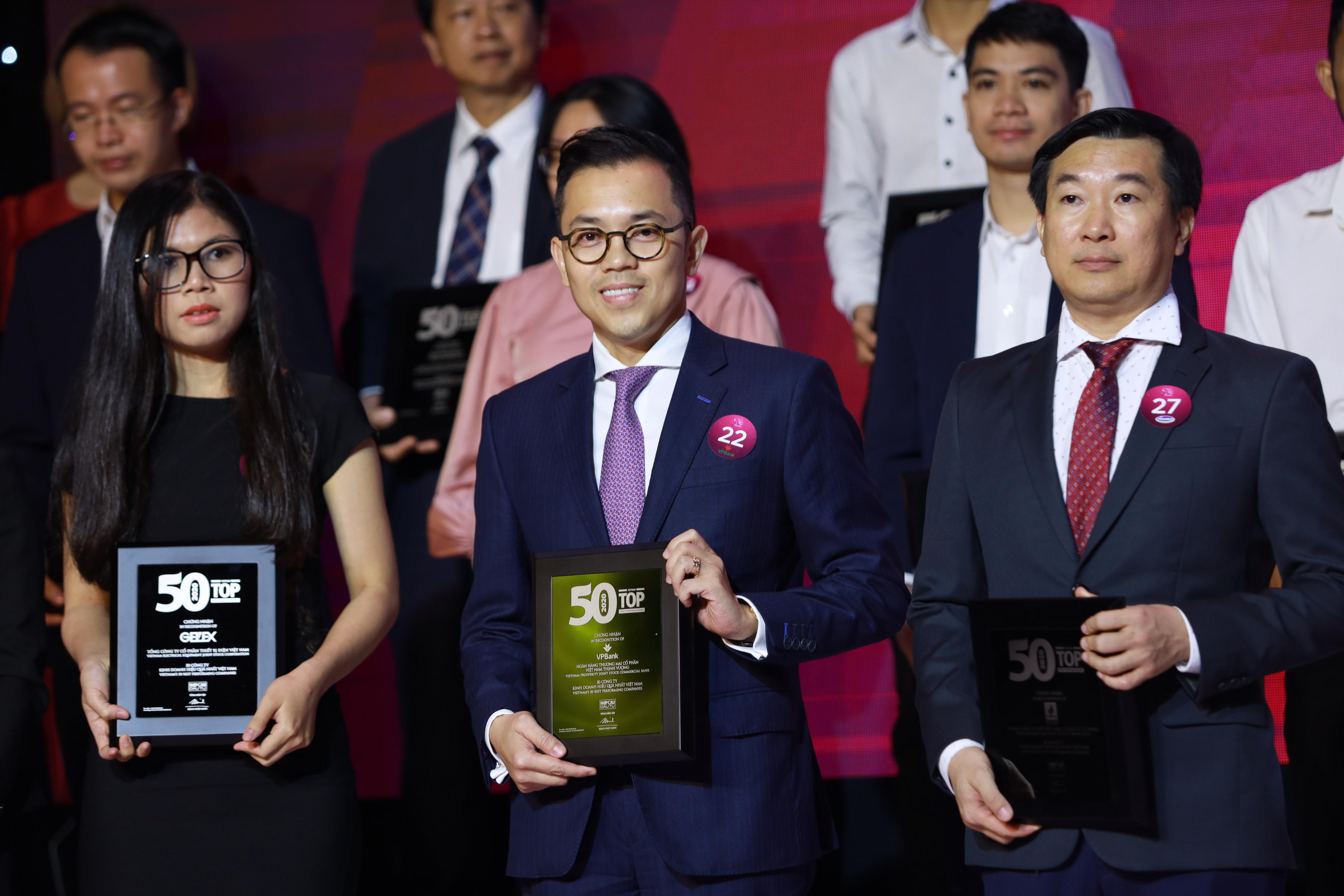 vpbank lien tiep duoc vinh danh top 50 cong ty kinh doanh hieu qua va niem yet tot nhat viet nam