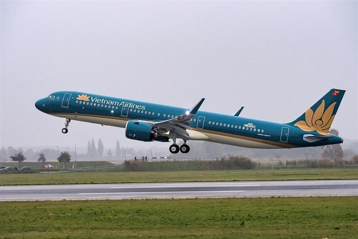 vietnam airlines mo ban ve 69000 dongchieu trong chuong trinh thu quyen ru