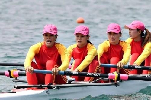 BIDV dành 100 triệu đồng tặng đội tuyển Rowing nữ