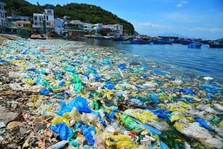 Đến năm 2025, giảm thiểu 50% rác thải nhựa đại dương