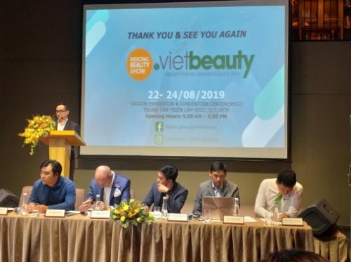 Làm đẹp tại Mekong Beauty & Vietbeauty