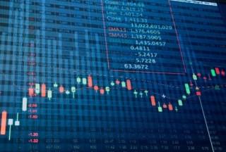 Gặp khó trước ngưỡng 1000 điểm, VN-Index giảm 4,81 điểm trong phiên cuối tuần