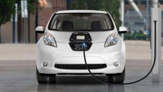 Đề xuất lệ phí trước bạ ô tô điện chạy pin bằng 50% ô tô thường