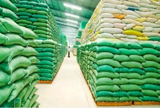 Xuất hơn 130.000 tấn gạo cho 24 tỉnh, thành phố hỗ trợ người dân gặp khó khăn