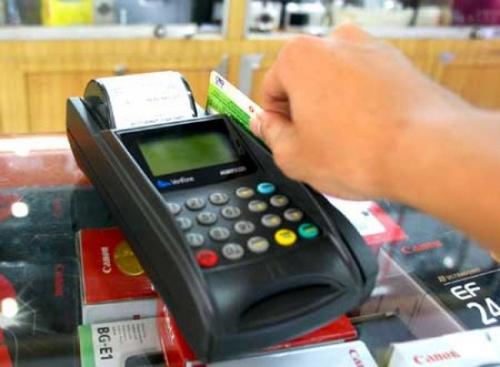 Phó Thủ tướng yêu cầu siết quản lý hoạt động thanh toán qua POS, ví điện tử