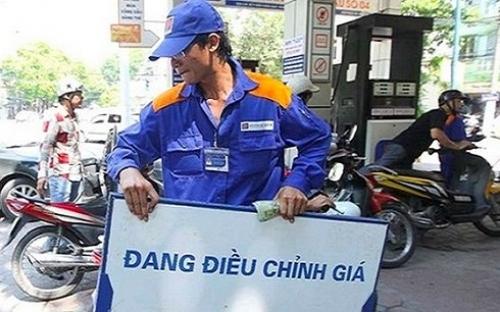 Thường vụ Quốc hội biểu quyết tăng thuế môi trường đối với xăng dầu