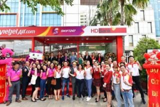 HDBank tăng tiện ích cho khách hàng trong hệ sinh thái với Ngân hàng số 24/7