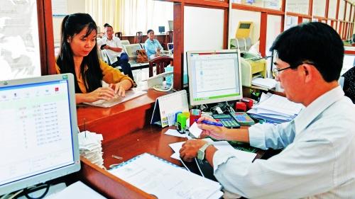 TP.HCM: Ủy quyền thủ tục hành chính, dân và DN được nhờ