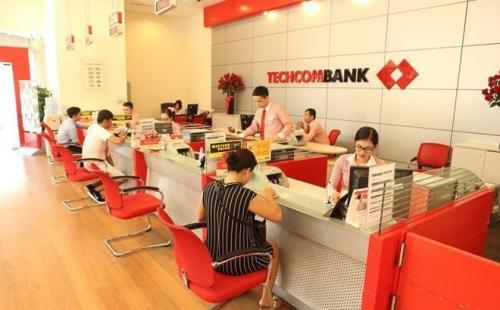 Techcombank: Tỷ trọng doanh thu từ hoạt động tín dụng giảm xuống 48%