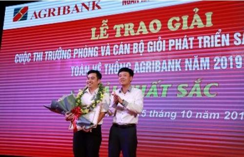 Agribank tôn vinh những cán bộ tài năng