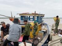CẬP NHẬT bão số 9: Bão số 9 đang quét qua Quảng Nam-Quảng Ngãi, thiệt hại nặng nề