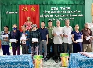 Tập đoàn Sơn Hà phối hợp với Công an tỉnh Thừa Thiên - Huế cứu trợ gần 400 hộ dân chịu thiệt hại nặng do thiên tai
